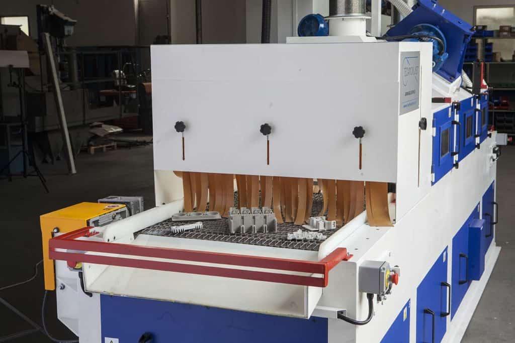 Technoblast • De-burring treatment shoblasting machines